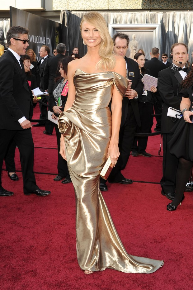 George-Clooney-and-Stacy-Kiebler-at-the-2012-Oscars-2-620x931