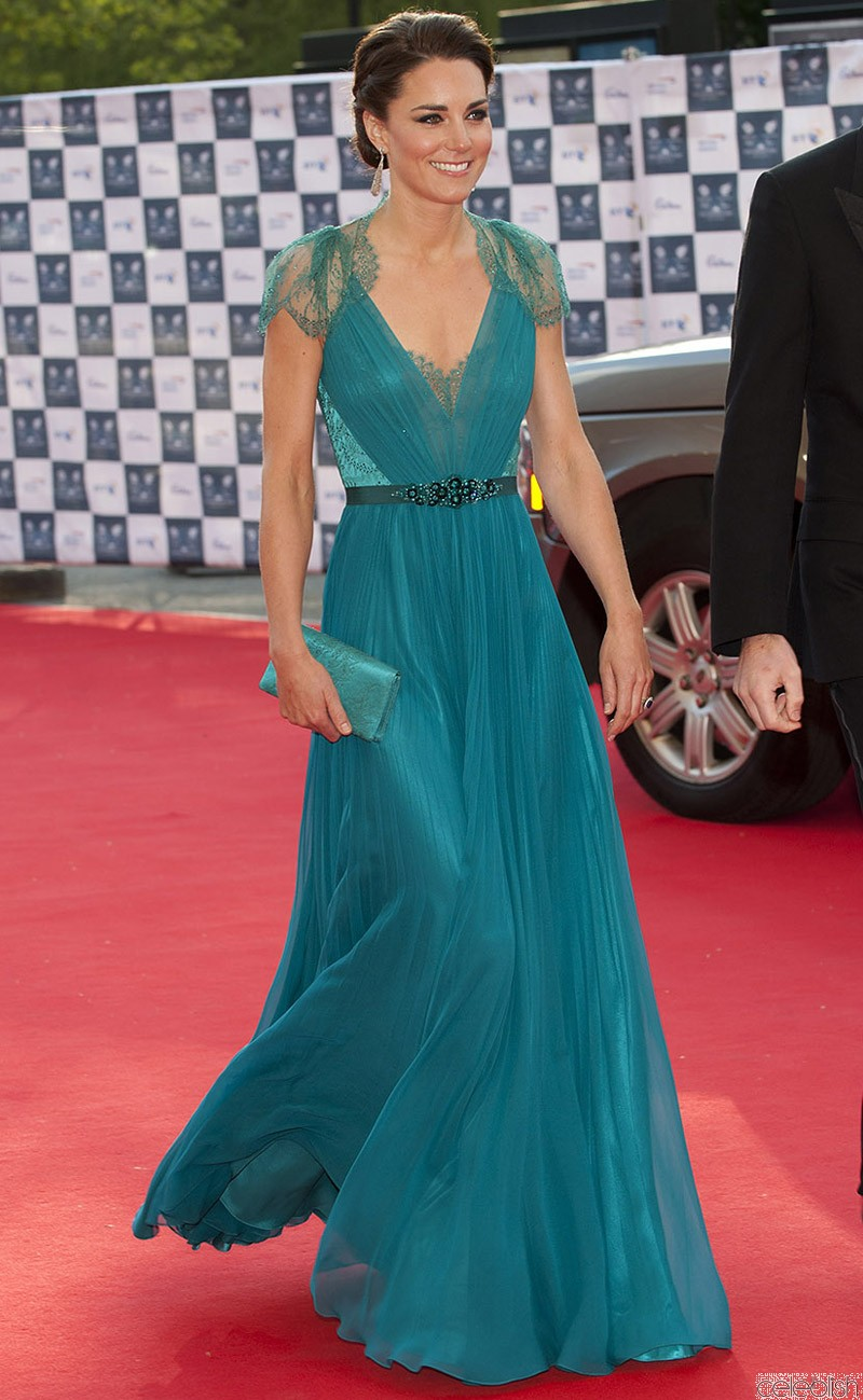 kate_middleton_green_lace_dress_olympics_gala_dress_1_1